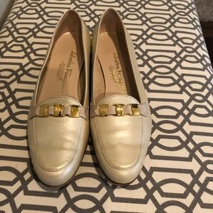 Women's Salvatore Ferragamo Leather Loafers 8.5